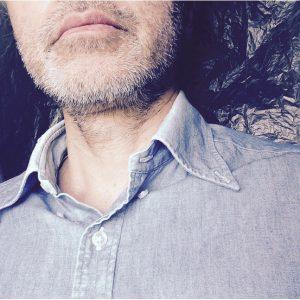 デニムシャツのコーディネート