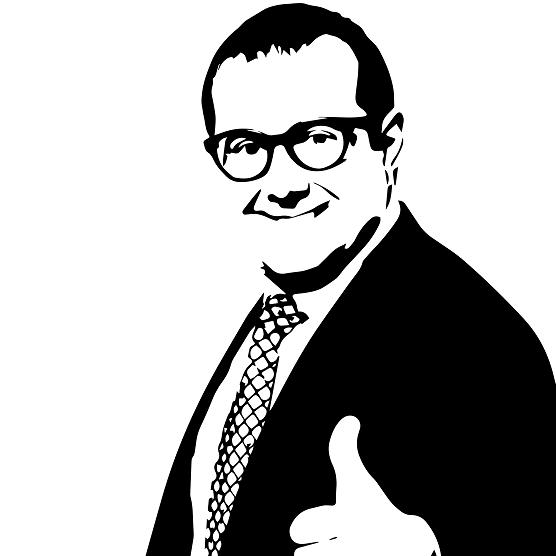 大きいサイズのビジネスマン(ガッツポーズ)