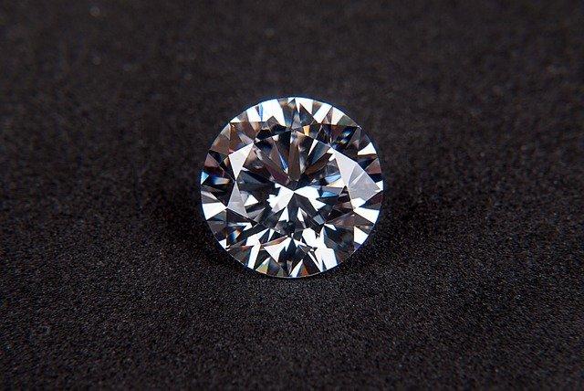 CZ人口ダイヤモンド